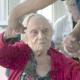 «Une jeune fille de 90 ans», douce plongée dans le grand âge