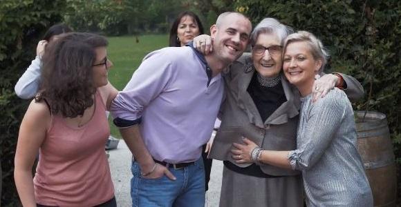 Cettefamille Ces Familles Qui Accueillent Des Seniors